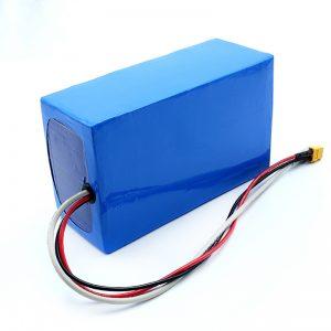 بطارية ليثيوم قابلة للشحن 36V 10Ah Li -on 18650 لوح تزلج كهربائي